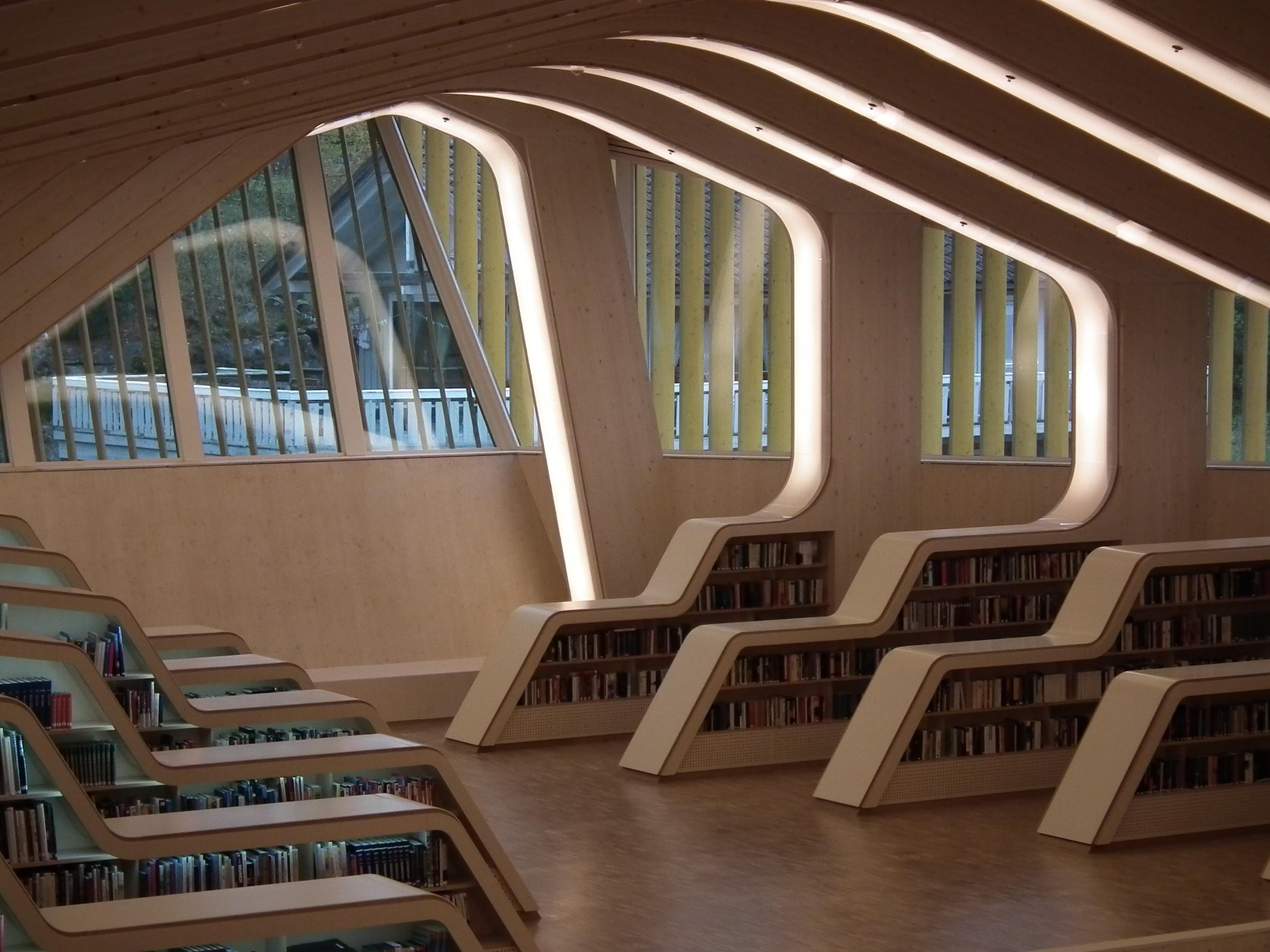 Interiør fra Vennesla bibliotek